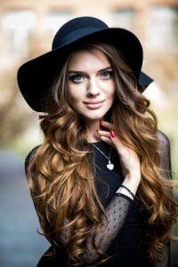 honey-coloured-highlights-wolverhampton hair salon